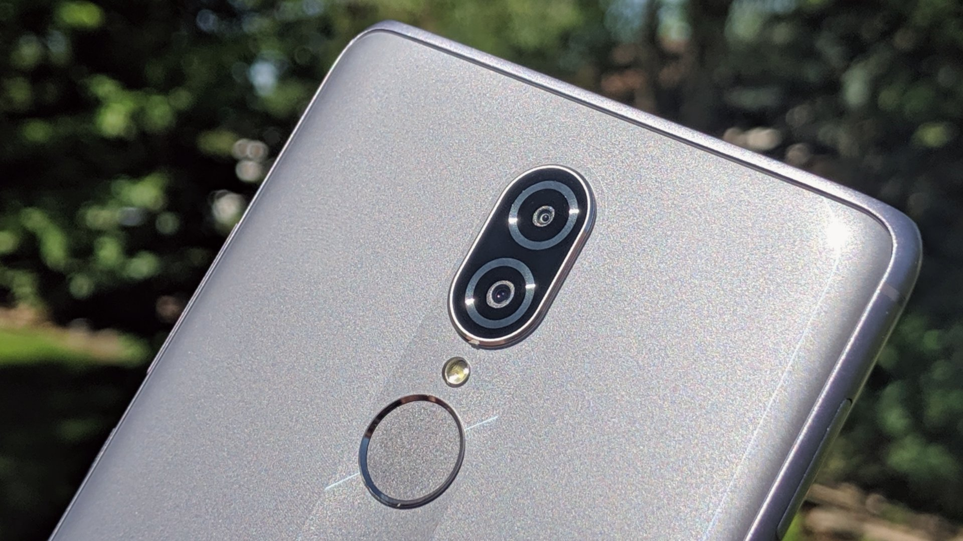 Chinese Company Coolpad Launches Cheapest 5G  Mobile Phone